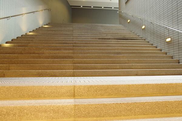 大阪地下イメージ