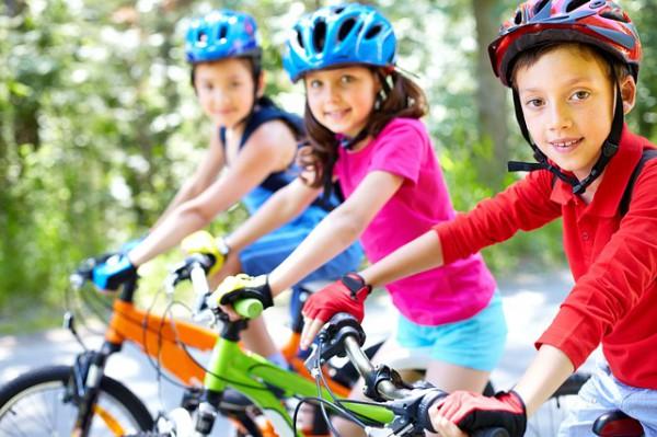 子供自転車ヘルメットイメージ
