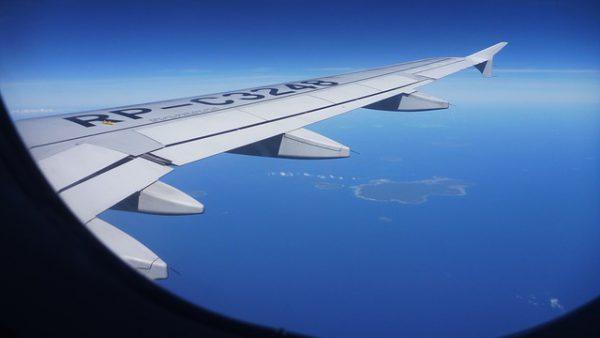 飛行機機内イメージ